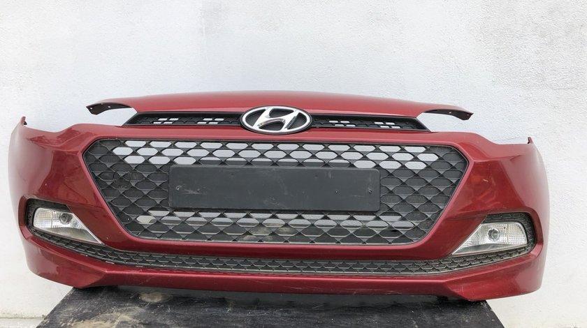 Vand bara completa cu grile/proiectoare Hyundai i20 2017