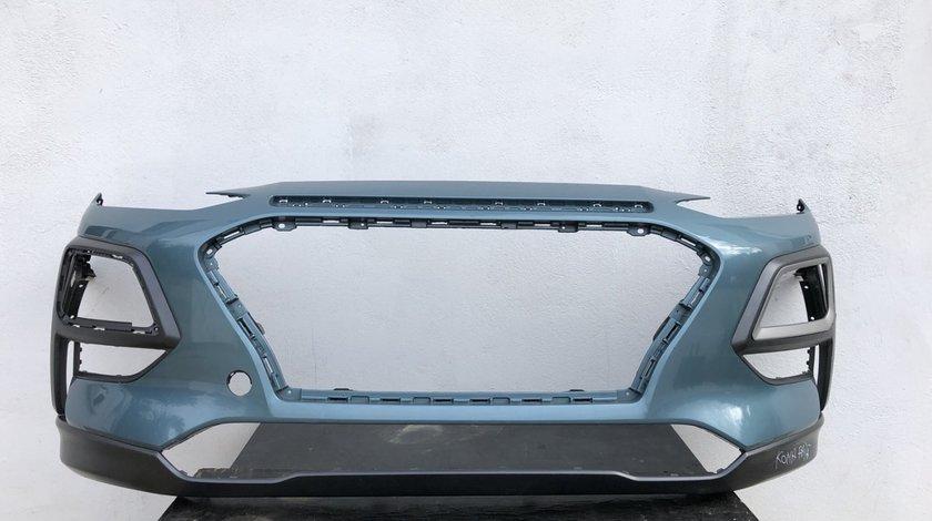 Vand bara fata Hyundai Kona