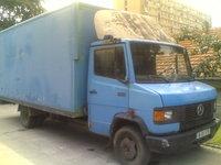 vand camion MERCEDES 711 D
