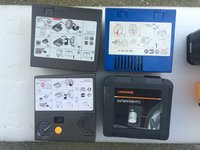 Vand compresor auto 12V + kit spuma original VW AUDI MERCEDES BMW OPEL FORD RENAULT etc...