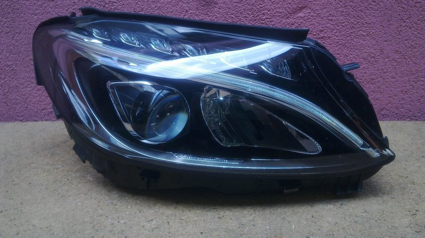 Vand far dreapta LED Mercedes C Class W205