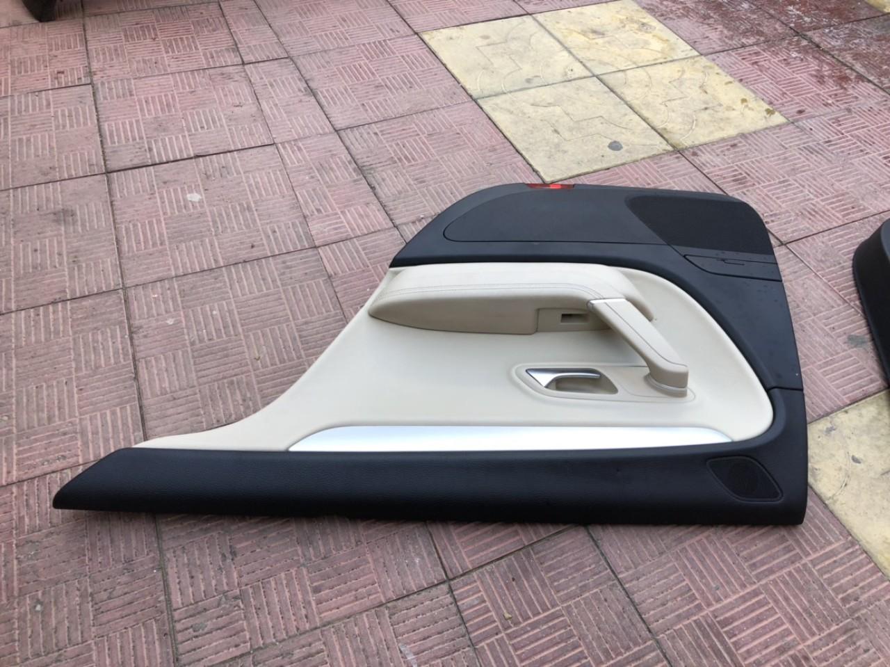 Vand fata de usa/tapiterie dreapta VW Passat CC