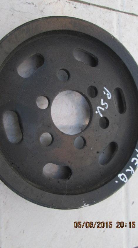 Vand fulie pompa servo-directie Skoda Superb