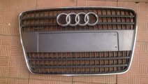 Vand grila Audi Q7