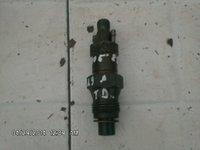 Vand injectoare Peugeot 405