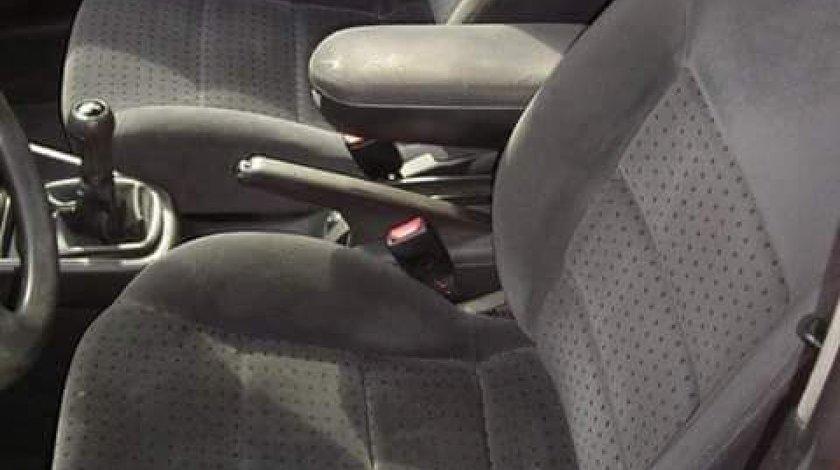 Vand interior Volkswagen Golf 4