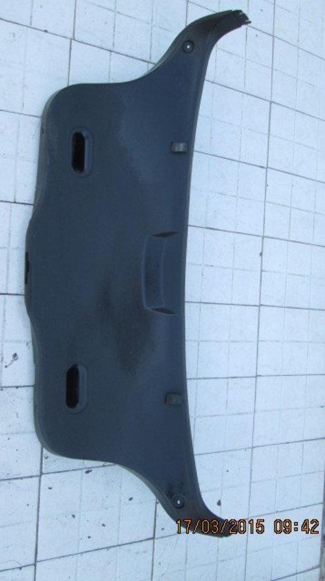 Vand ornament portbagaj BMW E36.