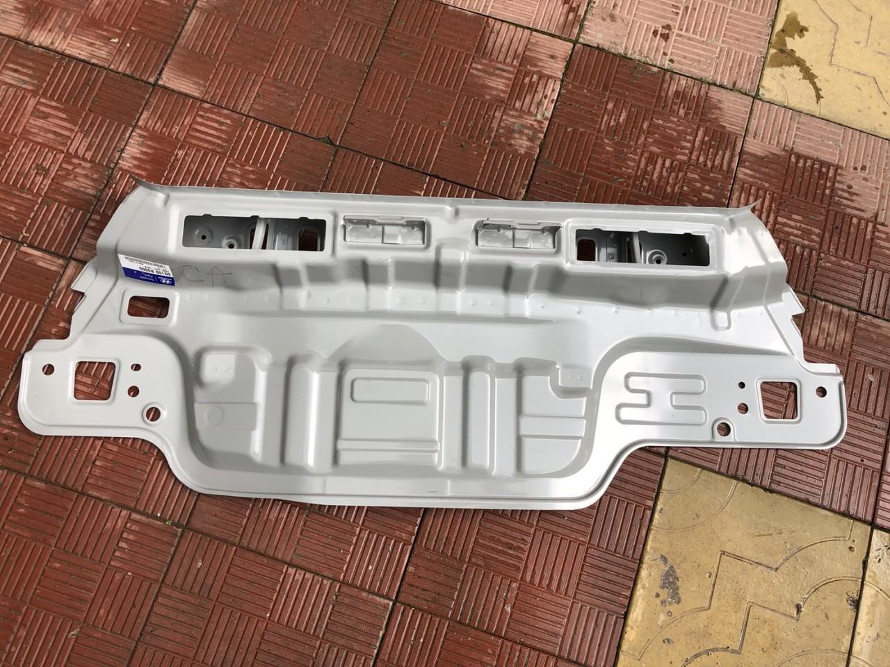 Vand panou spate nou Hyundai i10