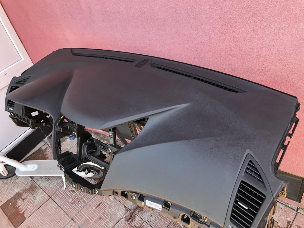 Vand plansa bord Hyundai i40 2012 2021