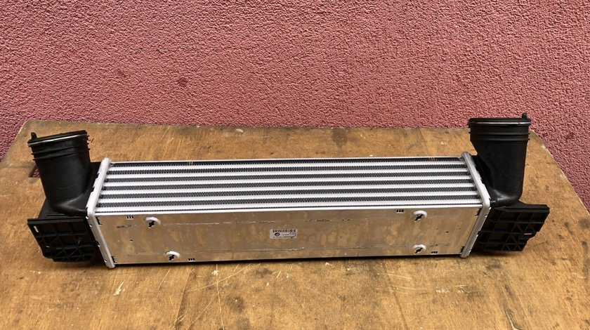 Vand radiator intercooler nou original BMW E90 E92 E93 E87 7379167