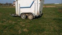 vand remorca pentru transport animale(cate 2 cai).