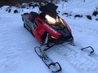 Vand snowmobil Polaris impecabil