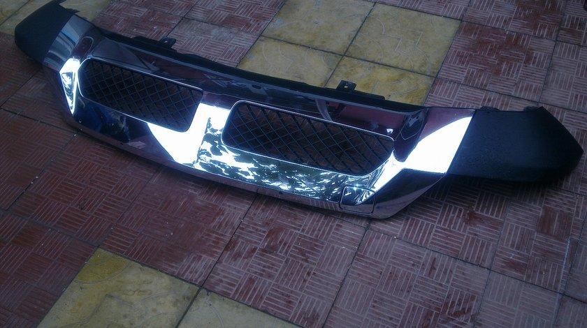 Vand spoiler inferior bara fata Mercedes ML W166