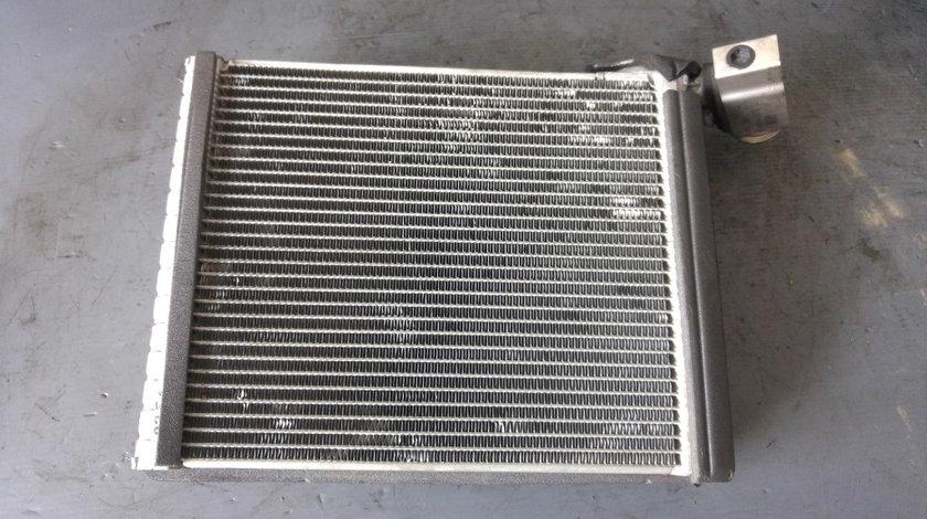 Vaporizator radiator expansiune bord toyota yaris p9 1.0 b 2005-2014 447500-3070