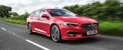 Il avem in cateva noi imagini. Noul Opel Insignia arata grozav in cinci portiere si culoarea rosu