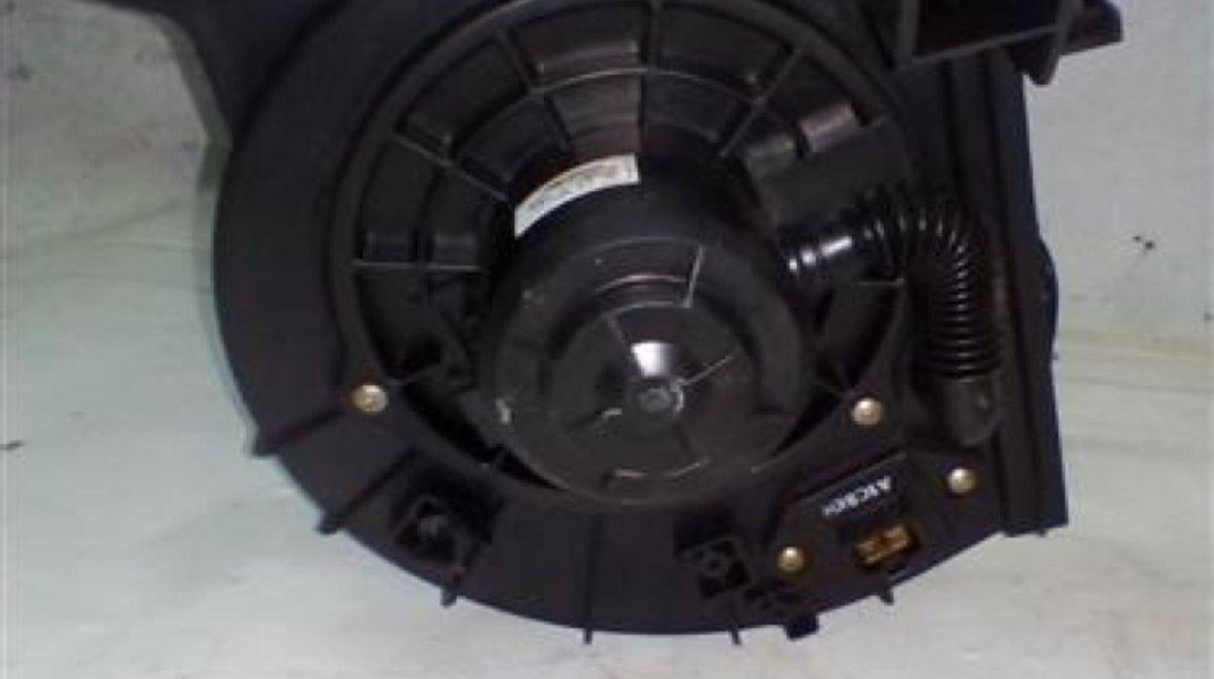 Ventilator aeroterma Hyundai H1 An 2004-2007