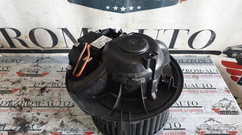 Ventilator habitaclu cu rezistenta Audi Q3 2.0 TDi cod piesa : 995775T / 3C0907521F
