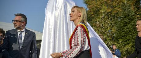 Veste buna! Gabriela Firea da bani in plus pentru statuile din Bucuresti, dar macar scapam de aglomeratie