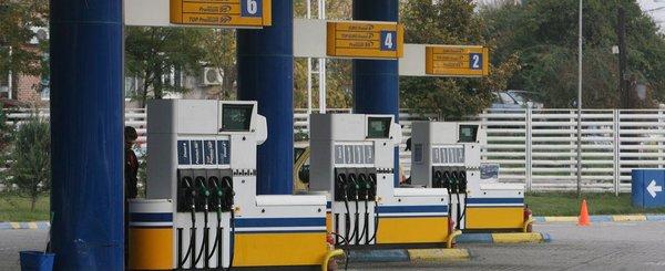 Vesti 'bune' de la Guvernul PSD: se scumpesc carburantii pentru ca doar 52% din pretul lor reprezinta taxe