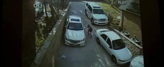 VIDEO: Ce se intampla cand uiti sa tragi frana de parcare