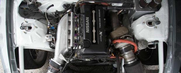 VIDEO: Cum suna un motor in patru cilindri care costa mai mult decat o Dacie Logan?