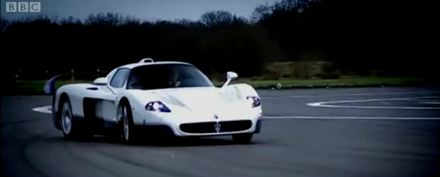 Video de colectie: Jeremy Clarkson conduce legendarul Maserati MC12