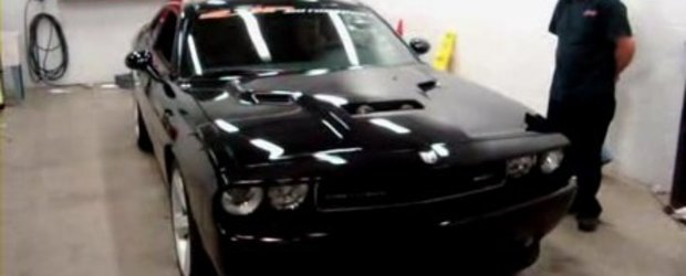 Video: Dodge Challenger SRT8 Twin-Supercharged si 1000 CP