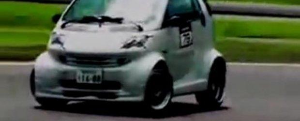 Video: Drifturi cu... Sssssmart!!!