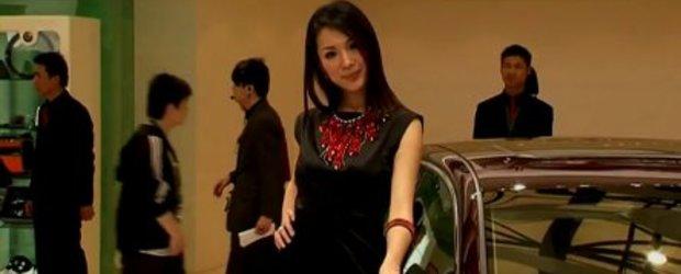 Video: Fetele de la Shanghai Motor Show 2009