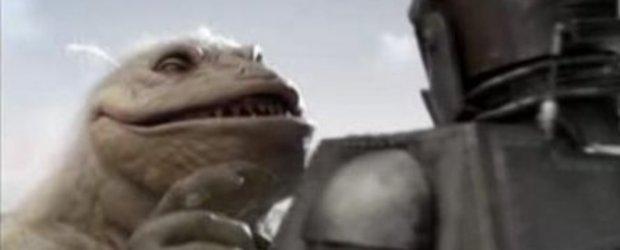 Video: Hummer H3 - Mama Godzilla si Tata Don Juan Robot