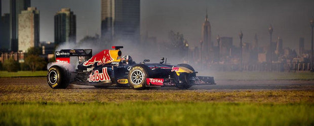 VIDEO: Iata cum s-a distrat monopostul Red Bull F1 in vacanta din America