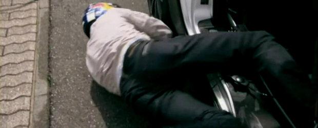 VIDEO: Nico Rosberg ii ofera lui David Coulthard o plimbare de neuitat
