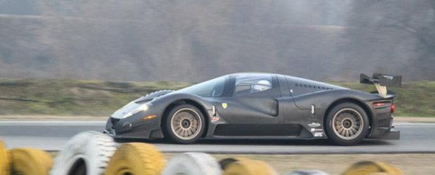 Video: Noul Ferrari P4/5 Competizione livreaza o portie serioasa de SPECTACULOS!