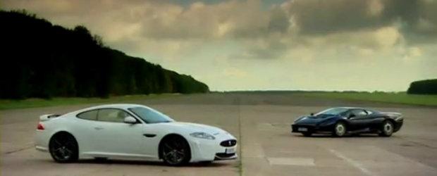 VIDEO: Noul Jaguar XKR-S, fata in fata cu legendarul XJ220