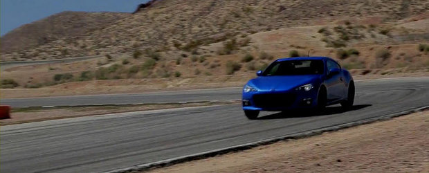 VIDEO: Noul Subaru BRZ invita la dans ultimul Ford Mustang V6