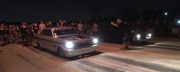 VIDEO: O cursa ilegala ca in filme, doua masini, castigatorul pleaca cu 2000 de dolari