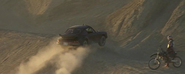 VIDEO: Porsche 911 demonstreaza capabilitati serioase in off-road