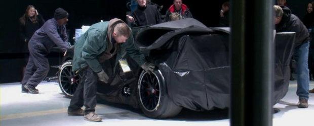 Video: Porsche are o surpriza pentru Detroit, 918 Race Car pare a-i fi numele!