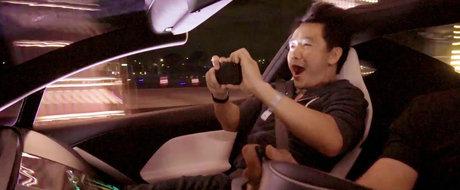 VIDEO: Reactia pasagerilor la acceleratia nebuna a noii Tesla Roadster