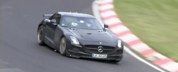 Video Spion: Extremul Mercedes SLS AMG Black Series ia din nou cu asalt Iadul Verde