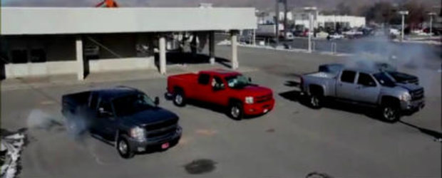 VIDEO: Un dealer Chevy isi distruge propria cladire. Si o face cu stil