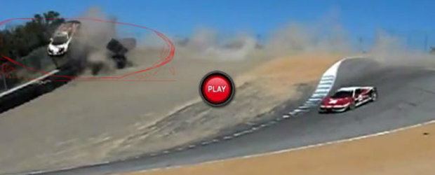 VIDEO: Un Ferrari 458 Italia isi ia zborul la Laguna Seca