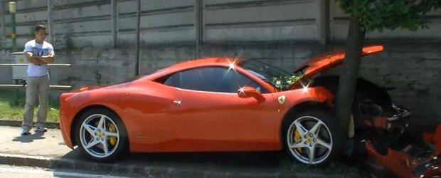 VIDEO: Un Ferrari 458 Italia si-a gasit sfarsitul la iesirea din fabrica