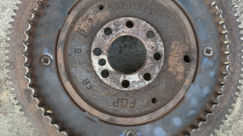 Volanta 55201525 Fiat Grande punto 1,3 Multijet 55 kw 75 cp