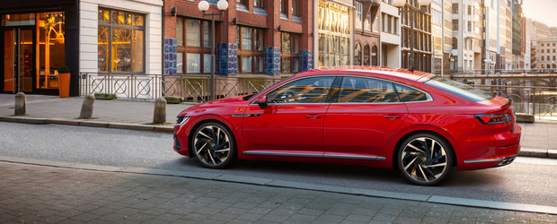 Volkswagen a ieftinit deja noul Arteon Facelift. Modelul german se vinde acum cu aproape 5.000 de euro mai putin