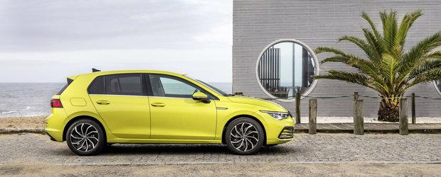 Volkswagen a ieftinit deja noul Golf 8. Cat costa acum cea mai asteptata masina a anului