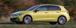Volkswagen a lansat o versiune PE GAZ a noului Golf 8. Primele fotografii oficiale au fost publicate chiar ACUM