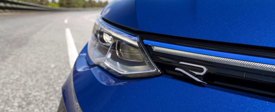 Volkswagen a publicat acum primele imagini si detalii oficiale. Noua masina a nemtilor are 320 de cai sub capota si 4x4 in standard