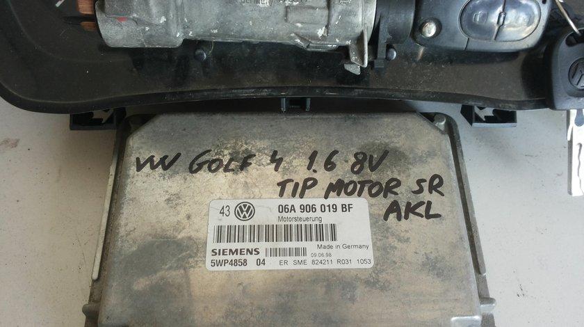 volkswagen golf 4 1.6 8v AKL 06A906019BF  SIEMENS 5WP485804