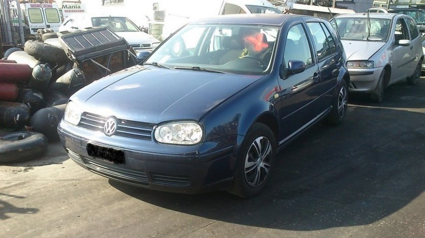 Volkswagen golf 4 hatchback an 1999 motor 1.6sr tip AKL